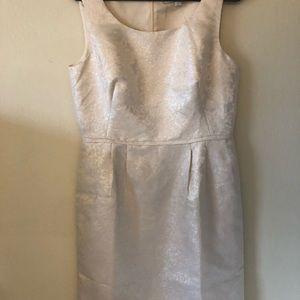 Gorgeous Tahari dress
